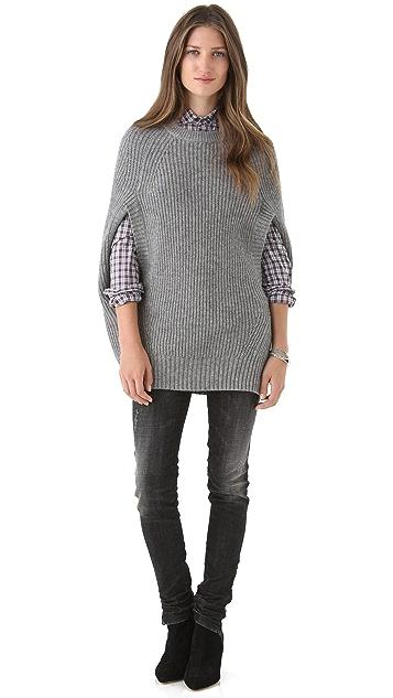 LOMA Cape Sweater