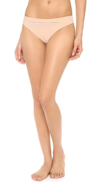 Lou Paris Kate Thong