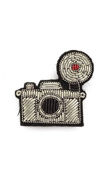 Macon & Lesquoy Camera Pin