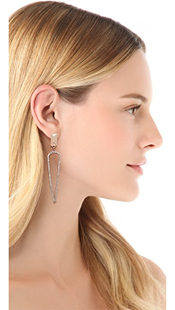 Made Her Think Stud Pointed Tears Earrings