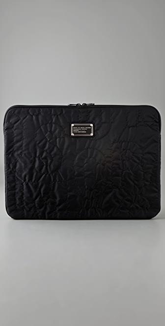 "Marc by Marc Jacobs Pretty Nylon 17"" Computer Case"