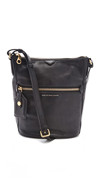Marc by Marc Jacobs Globetrotter Sami the Gun Bag