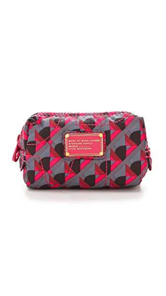 Marc by Marc Jacobs Pretty Nylon Katya Makeup Case