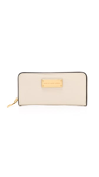 Marc by Marc Jacobs Too Hot To Handle Colorblocked Slim Zip Around Wallet