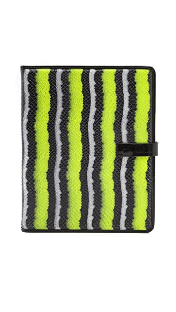 Marc by Marc Jacobs Wild Card Tablet Book
