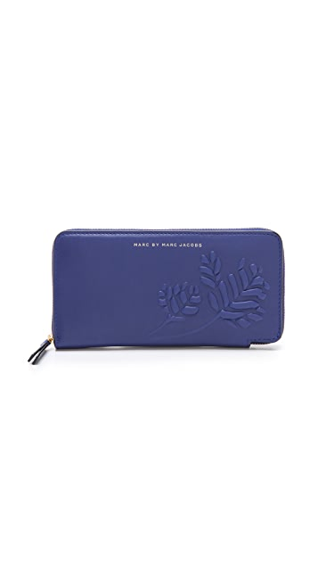 Marc by Marc Jacobs Mini Mareika Slim Zippy Wallet