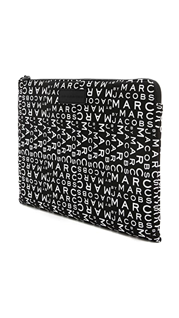 Marc by Marc Jacobs MBMJ New Jumble Logo Neoprene 13