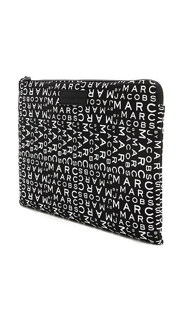 Marc by Marc Jacobs MBMJ New Jumble Logo Neoprene 13