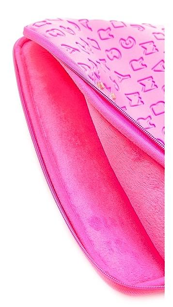 Marc by Marc Jacobs Dreamy Logo Neoprene 11