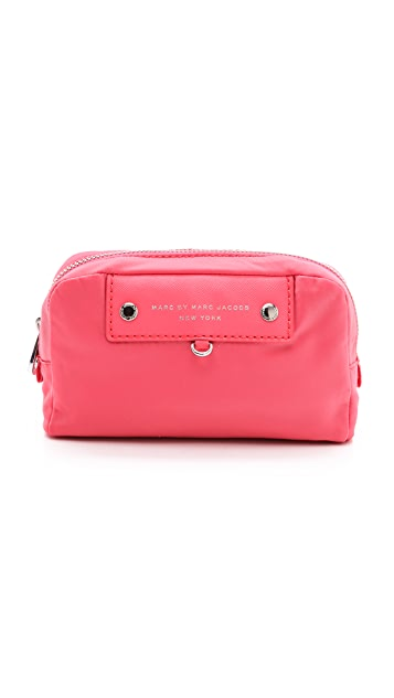 Marc by Marc Jacobs Preppy Nylon Madlen Cosmetic