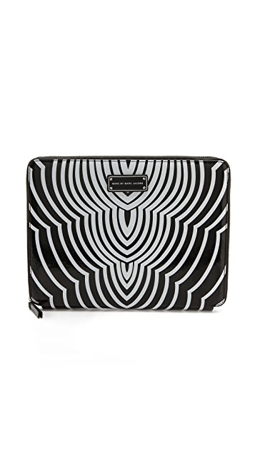 Marc by Marc Jacobs Techno Radiowave Tablet Book