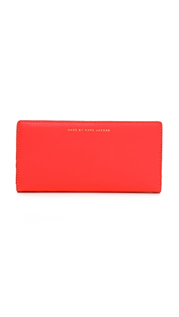 Marc by Marc Jacobs Sophisticato Tomoko Wallet