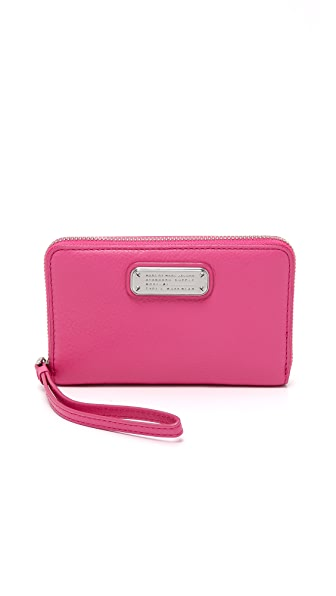 Marc by Marc Jacobs New Q Wingman Wallet