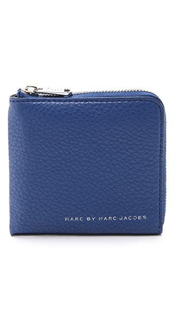 Marc by Marc Jacobs Classic Leather Half Zip Credit Card Holder