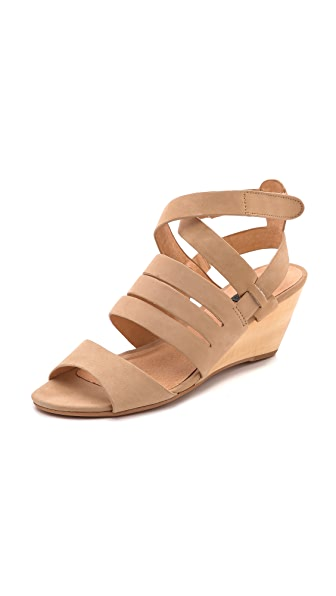 Matiko Ursina Wedge Sandals