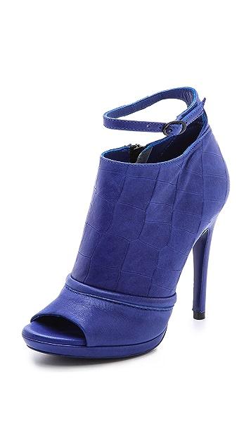 McQ - Alexander McQueen Mi Ankle Strap Booties