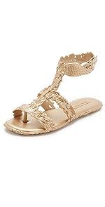 Campana Barroca Sandals                Melissa