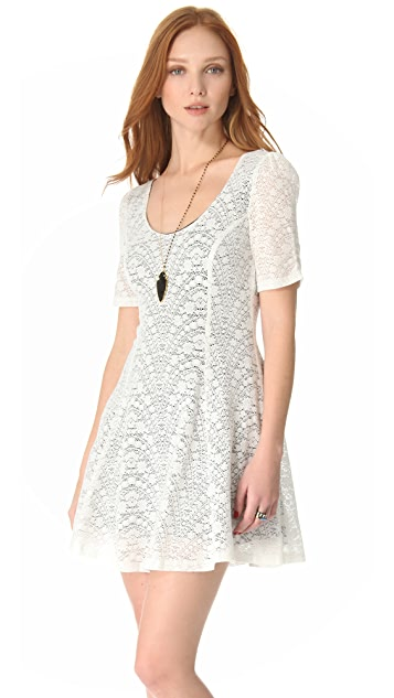 MINKPINK Once Upon A Time Lace Dress