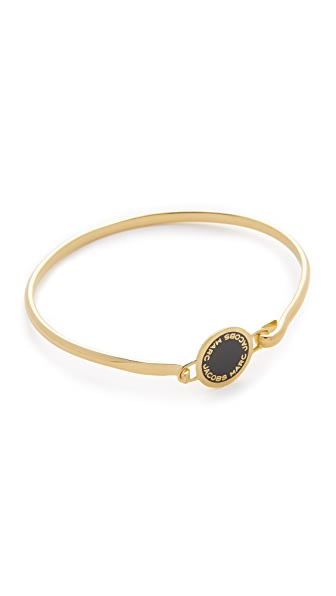 Marc Jacobs Enamel Logo Disc Hinge Bracelet - Black/Oro