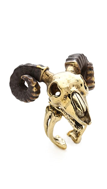 Monserat De Lucca Aries Ring