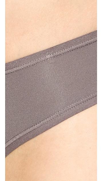 Natori Bliss Fit Model Thong