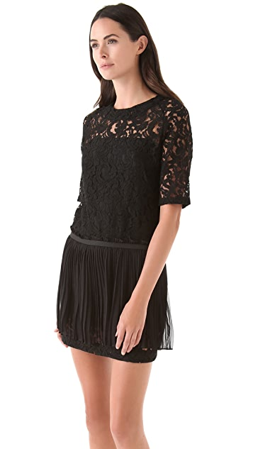 No. 21 Lace Dress with Pleated Skirt