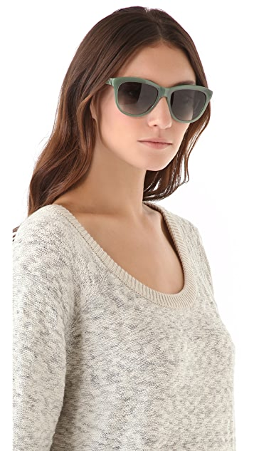 Oliver Peoples Eyewear Reigh Sunglasses