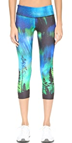 Graphic Capri Pants                Onzie