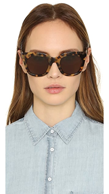 Pared Pools & Palms Sunglasses