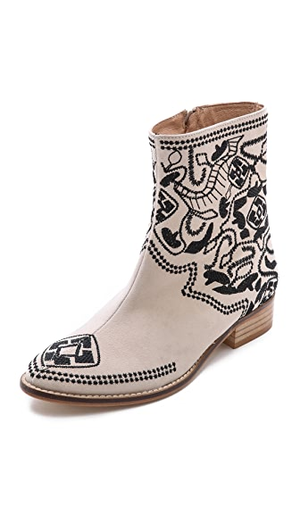 Plomo Nuria Embroidered Booties