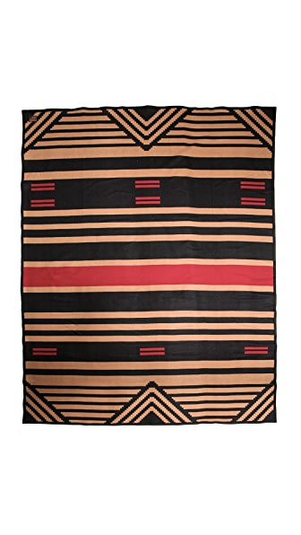 Pendleton, The Portland Collection Pinyon Stripe Robe Blanket