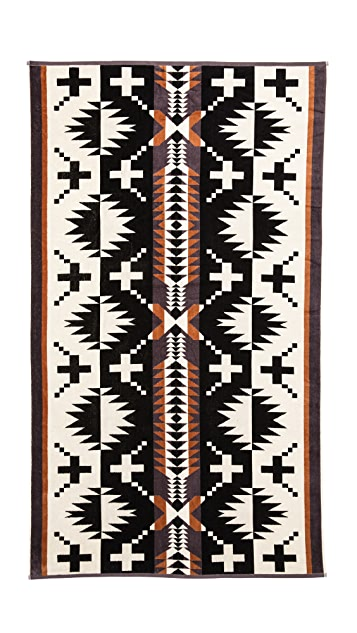 Pendleton, The Portland Collection Spider Rock Oversized Jacquard Towel