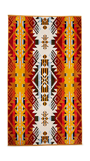 Pendleton, The Portland Collection Oversized Jacquard Towel