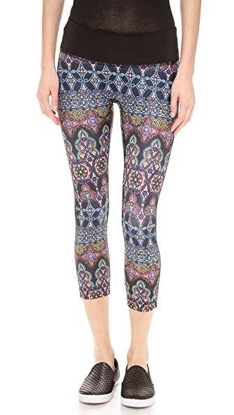PRISMSPORT Stained Glass Capri Leggings