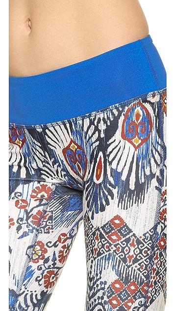 PRISMSPORT Batik Capri Leggings