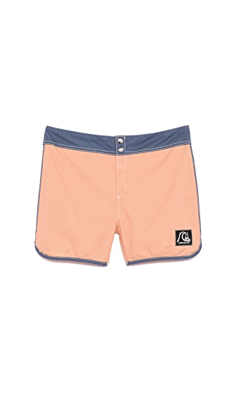 "QUIKSILVER Scallop 15"" Board Shorts"