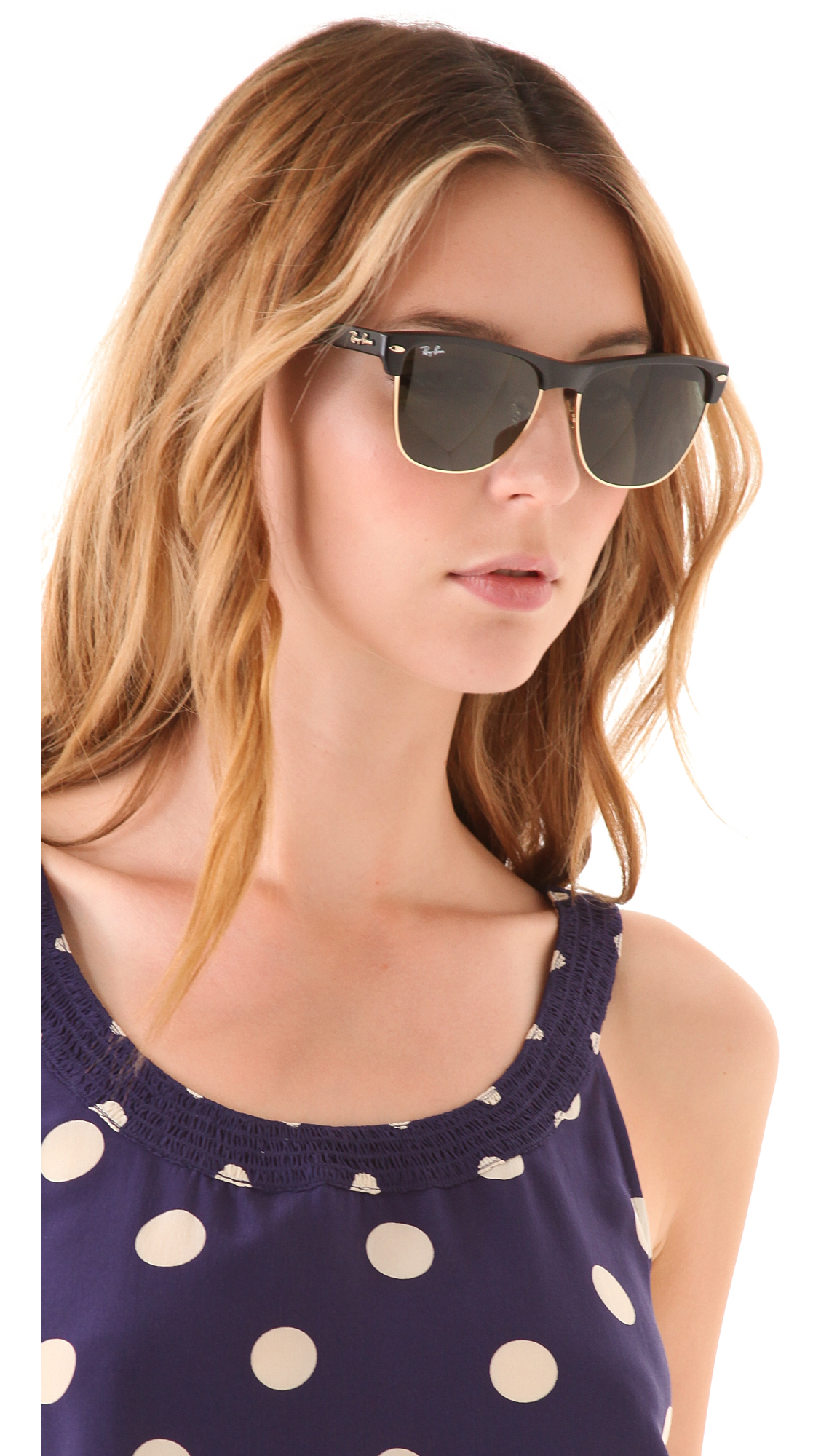 27bb9deaa ray ban clubmaster women - Holly's Restaurant and Pub