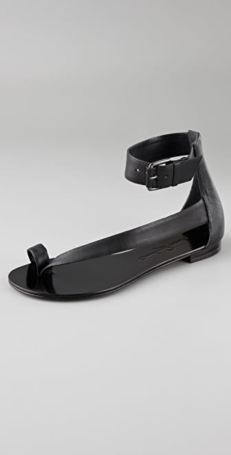Report Signature Herricks Flat Sandals