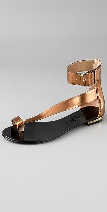 Report Signature Herricks Flat Sandals