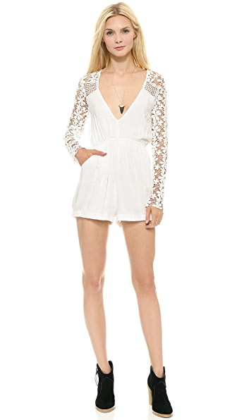 Reverse Daisy Lace Sleeve Romper