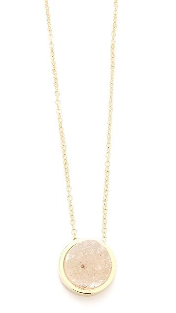 Rose Pierre Sparking Sea Pendant Necklace