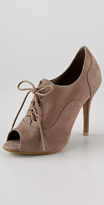 Schutz Amanda Oxford Booties