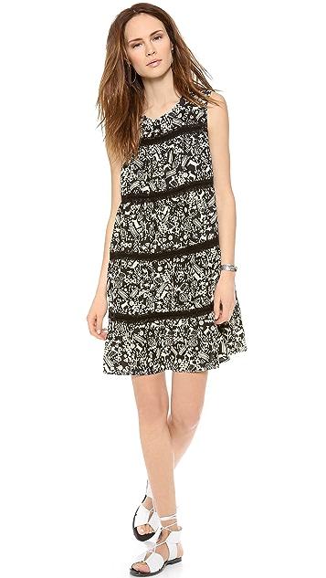Sea Broomsticked Sleeveless Dress