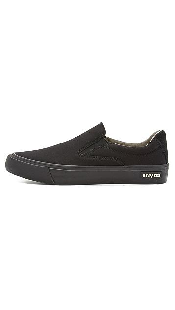 SeaVees Hawthorne Slip Ons