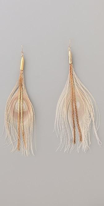 serefina Chain Feather Earrings