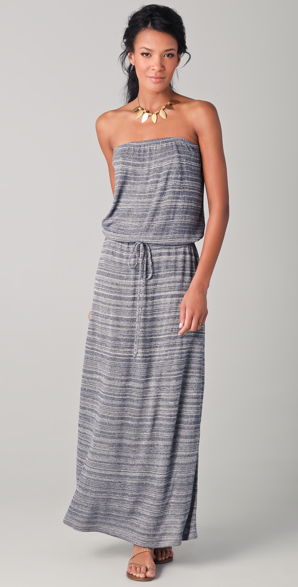 Strapless Maxi Dresses for Summer Looking
