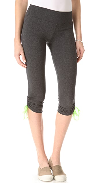 SOLOW Cropped Leggings with Contrast Drawstrings