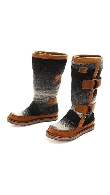 Sorel Chipahko Blanket Boots