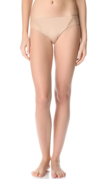 SPANX Hook Up Lace Bikini Briefs