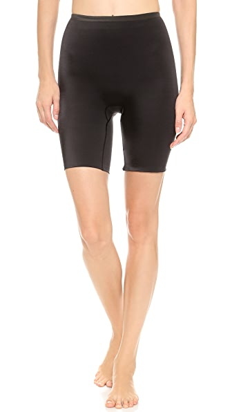 SPANX Hide & Sleek Mid Thigh Shaper